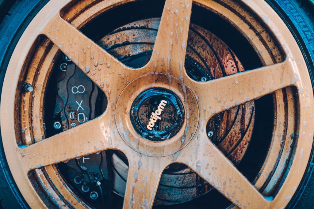 Wielen reinigen met Meguiar's Ultimate Wheel Cleaner